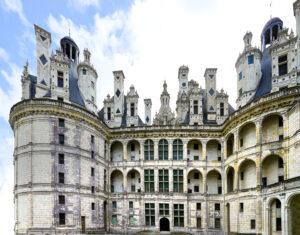 Château de Chambord, cour intérieure, le donjon -CC BY-NC Jacques BOUBY